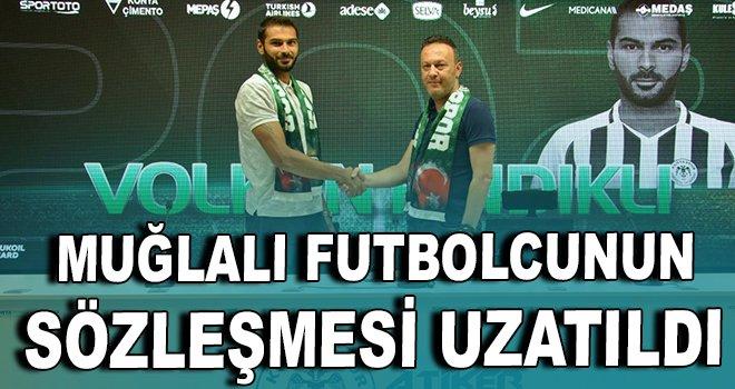Muğlalı futbolcunun sözleşmesi 2021'e kadar uzatıldı