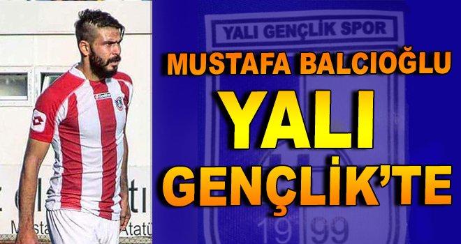 Mustafa Balcıoğlu, Yalı Gençlik'te