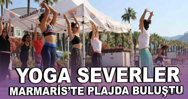 Yoga severler Marmaris'te plajda buluştu